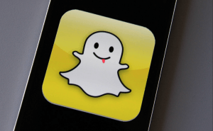 Amazon to Start Using Snapchat for Exclusive Black Friday Deals
