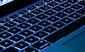 Users complain about MacBook Pro's new ultra-thin keyboard